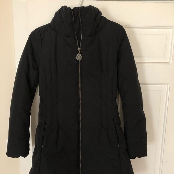 685529482 MONCLER down jacket